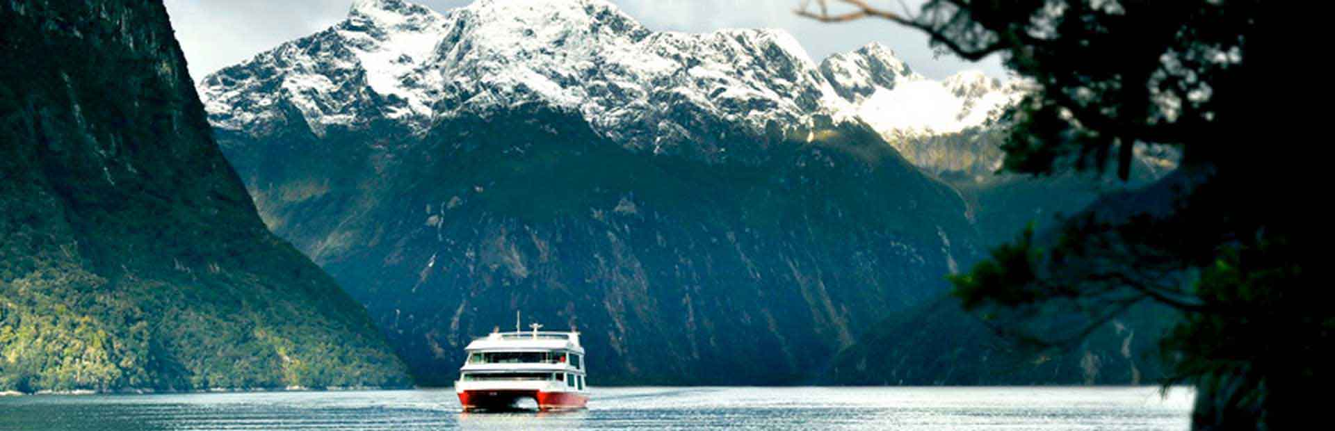 Milford Sound Scenic Cruise & International Buffet or Indian Buffet or Thali 13 30 Hrs Southern Discoveries