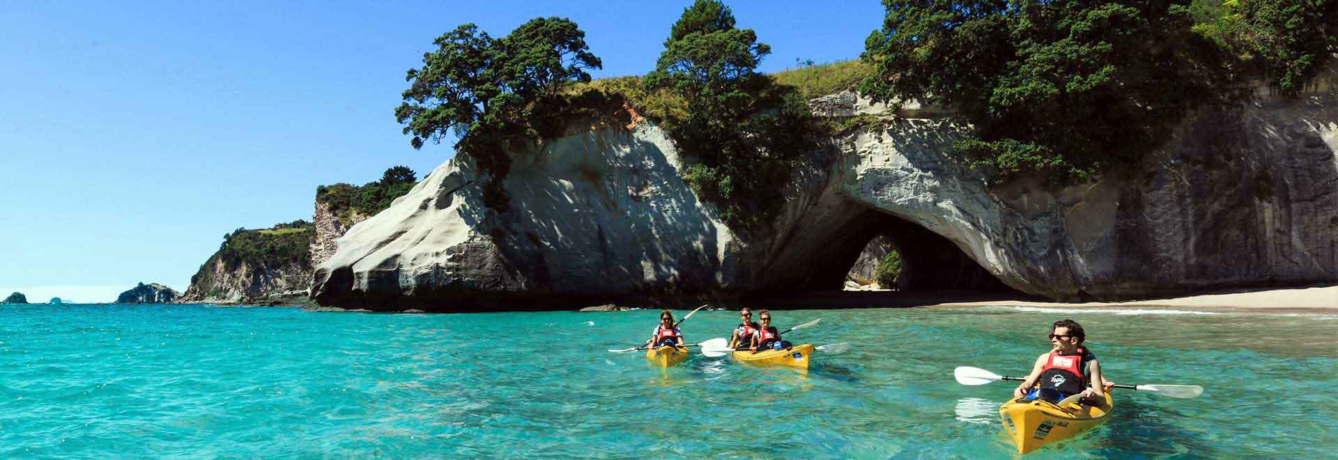 cathedral cove new zealand activities attractions. Black Bedroom Furniture Sets. Home Design Ideas