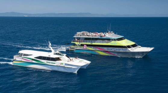 BIG CAT CRUISE FULL DAY GREEN ISLAND REEF CRUISE INCLUDING LUNCH & SEMI SUBMARINE INCLUDING TRANSFERS FROM HOTEL