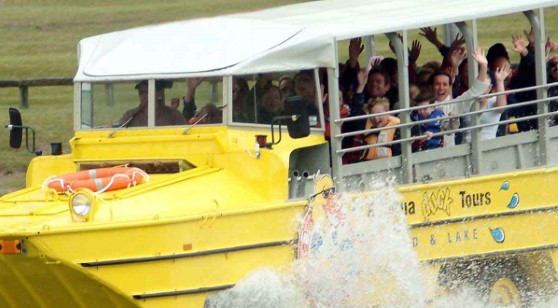Rotorua City and Lakes - Duck Tours