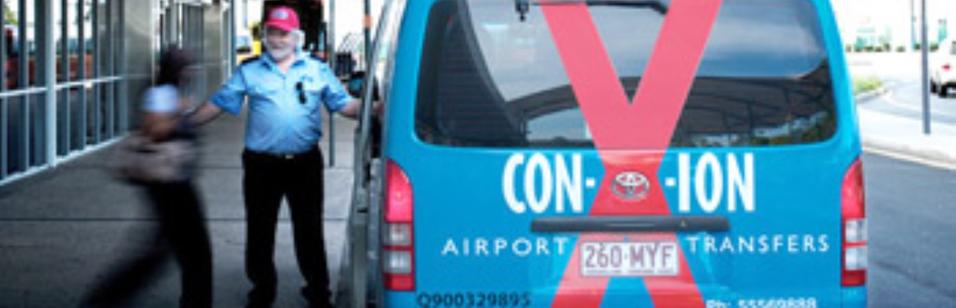 Surfers Paradise to Brisbane Airport shuttle transfer One way - Con-X-ion ( Between 6 AM to 10 PM Only )