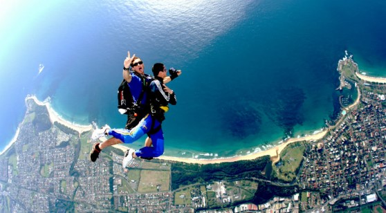 Skydive Tandem Jump at Wollongong 15000 Feet with Return Transfer